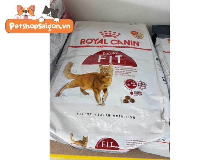 Thức ăn cho mèo Royal Canin Fit 32
